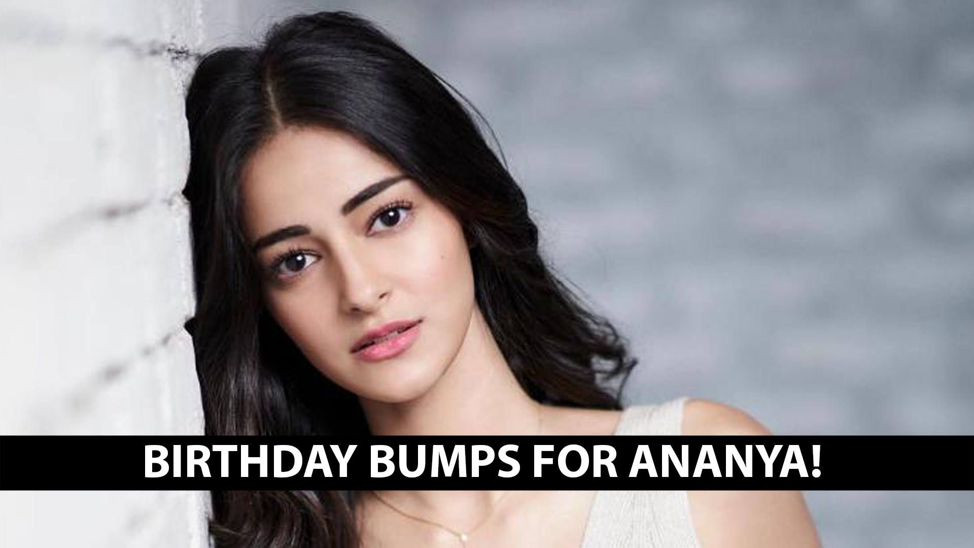 Ananya flaunted eight of these Indian outfits and stole our hearts!