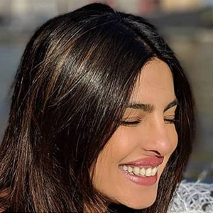 Ten white outfits worn by Priyanka Chopra that are all heart!