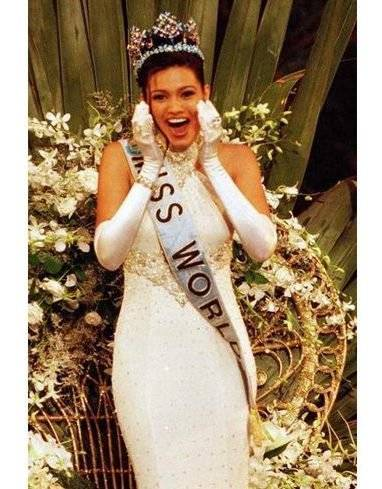 Diana-Hayden-Indian-Miss-World-e1511154920132