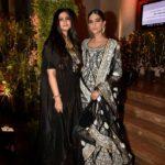 Rhea-Kapoor-and-Sonam-Kapoor